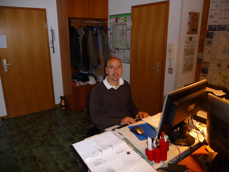 Alexander_Schreibtisch