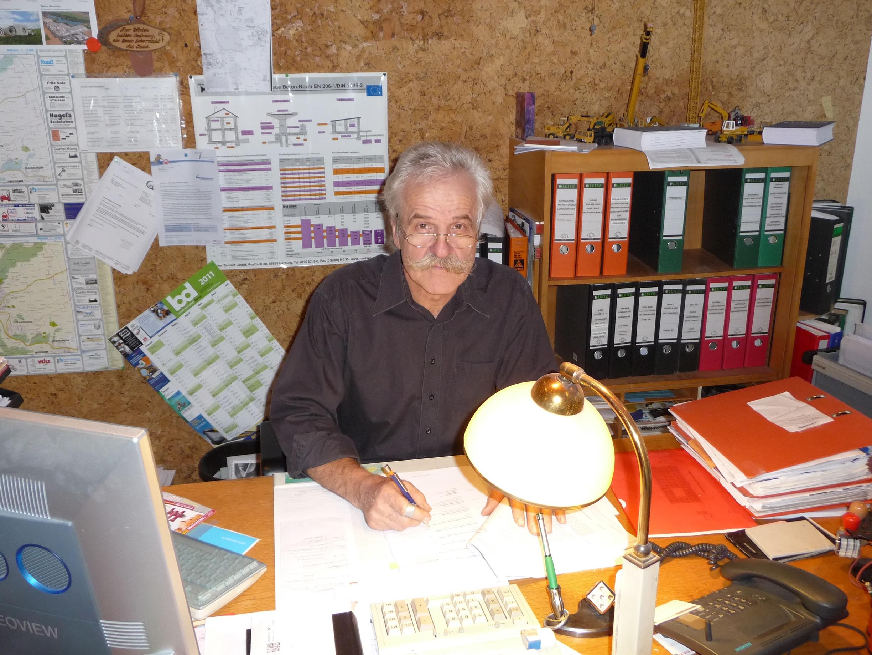 Erhard_Schreibtisch